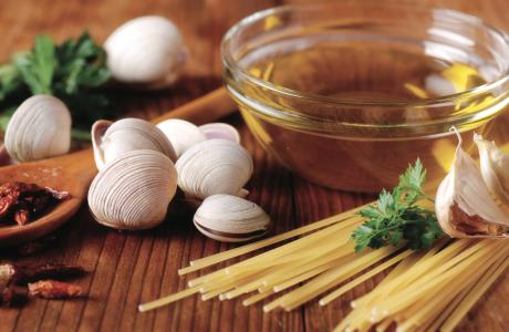 RICETTE: Spaghetti alle vongole con coulis di patate